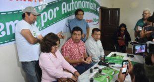 Conferencia de prensa en Villa Montes. (Foto: Gentileza)