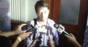 TARIJA: GERENTE DE SETAR SE COMPROMETE A DEVOLVER SOBREPRECIO DE FACTURAS