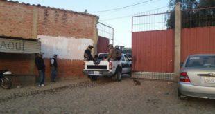 APREHENDEN A POLICÍA QUE INTENTÓ INGRESAR MARIHUANA AL PENAL DE MORROS BLANCOS DE TARIJA