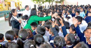 """CAMPAÑA """"OJITOS DEL BICENTENARIO"""" DOTARÁ 600 LENTES DE FORMA GRATUITA A LOS NIÑOS DE TARIJA"""