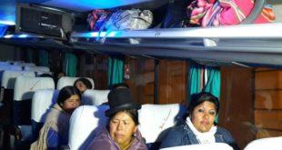 FAMILIARES PARTIERON A LA FRONTERA CON CHILE PARA RECIBIR A LOS 9