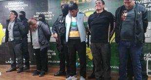 POLICÍA FRUSTRA ASALTO A UNA JOYERÍA EN LA PAZ Y CAPTURA A SEIS DELINCUENTES