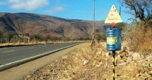 TARIJA: INSTALAN 14 CONTENEDORES PARA PILAS USADAS EN RUTA A CHAGUAYA