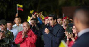 Venezuela: El chavismo se impone en 17 de los 23 estados, según los resultados oficiales