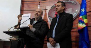 Senador Murillo se querella contra una diputada del MAS