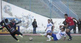 """Remontada del """"Santo"""" en Oruro para imponerse a Wilstermann 3-1"""