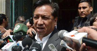 Según ministro Martínez, Mesa abandona su rol de vocero de causa marítima al sumarse al voto nulo