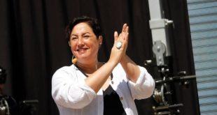 Morales celebra la sorpresiva votación que obtuvo la candidata chilena Sánchez