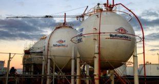 YPFB indica que Bolivia importa insumos y aditivos para formular gasolinas