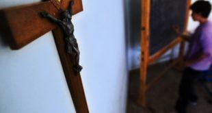 La Justicia argentina prohíbe enseñar religión en las escuelas públicas