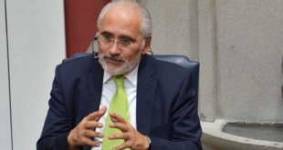 Gobierno ratifica a Mesa como vocero de la demanda marítima