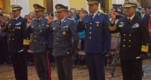 Evo Morales posesiona al nuevo Alto Mando militar