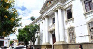 Tarija: Gobernación debe más de 450 millones de bolivianos a constructores