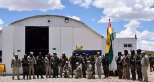Bolivia instala cerca de Chile su tercer campamento contra el contrabando