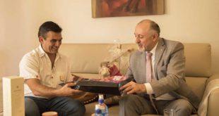 Tarija: Embajador Ruso acuerda con alcalde Paz apoyo turístico