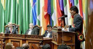 Morales traza cinco desafíos para consolidar el desarrollo de Bolivia