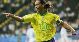 Ronaldinho, anuncia su retiro del fútbol