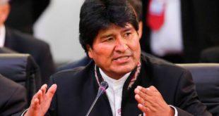 Gobierno analiza la posibilidad de que Morales asista a la audiencia oral en la CIJ