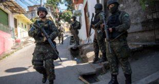 Río de Janeiro se convierte en zona de guerra por enfrentamientos entre policías y narcos