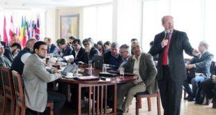 Oliva presenta Plan de Desarrollo Económico en reunión con la Cooperación Internacional