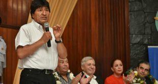 Bolivia suscribe contrato para construir tres centros de medicina nuclear