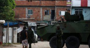 Asesinan a un subcomandante de la Policía de Río de Janeiro en medio de la intervención federal