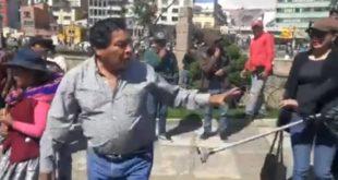 21F: Filman al viceministro Cárdenas protagonizando riña con una mujer